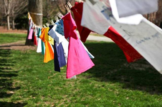 cách làm khô quần áo nhanh