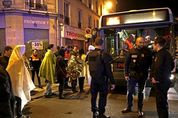 Những lưu ý để tránh rủi ro khủng bố khi du lịch