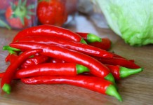 Mẹo hay chữa cay miệng khi ăn ớt