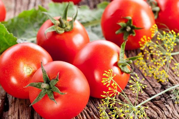 Cách chọn cà chua, cà tím cho các bà nội trợ