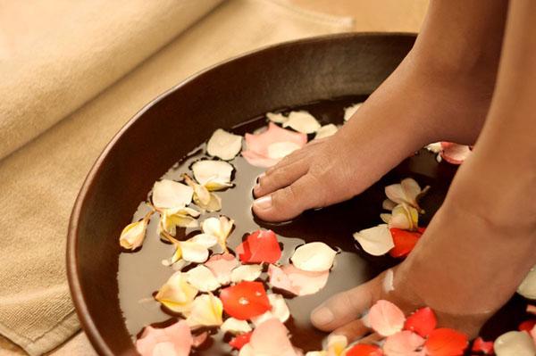 Cách phòng và chữa bệnh cước chân tay