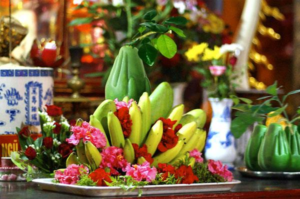 Những lưu ý khi lau dọn bàn thờ, bát hương ngày Tết