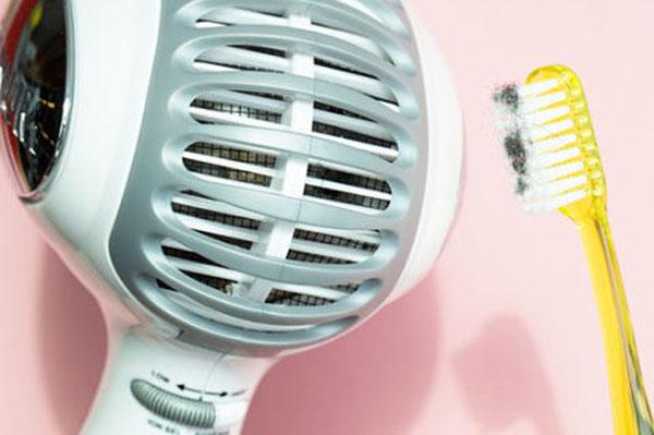 Vệ sinh máy sấy tóc