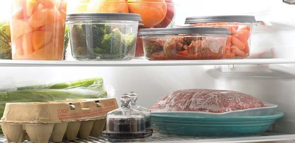 thức ăn thừa trong tủ lạnh