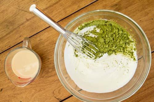 cách làm trắng da với sữa chua trà xanh
