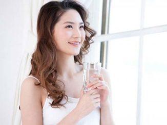 Da sáng, sạch mụn, mỡ bụng trôi tuột sau 2 tuần nhờ uống nước lọc